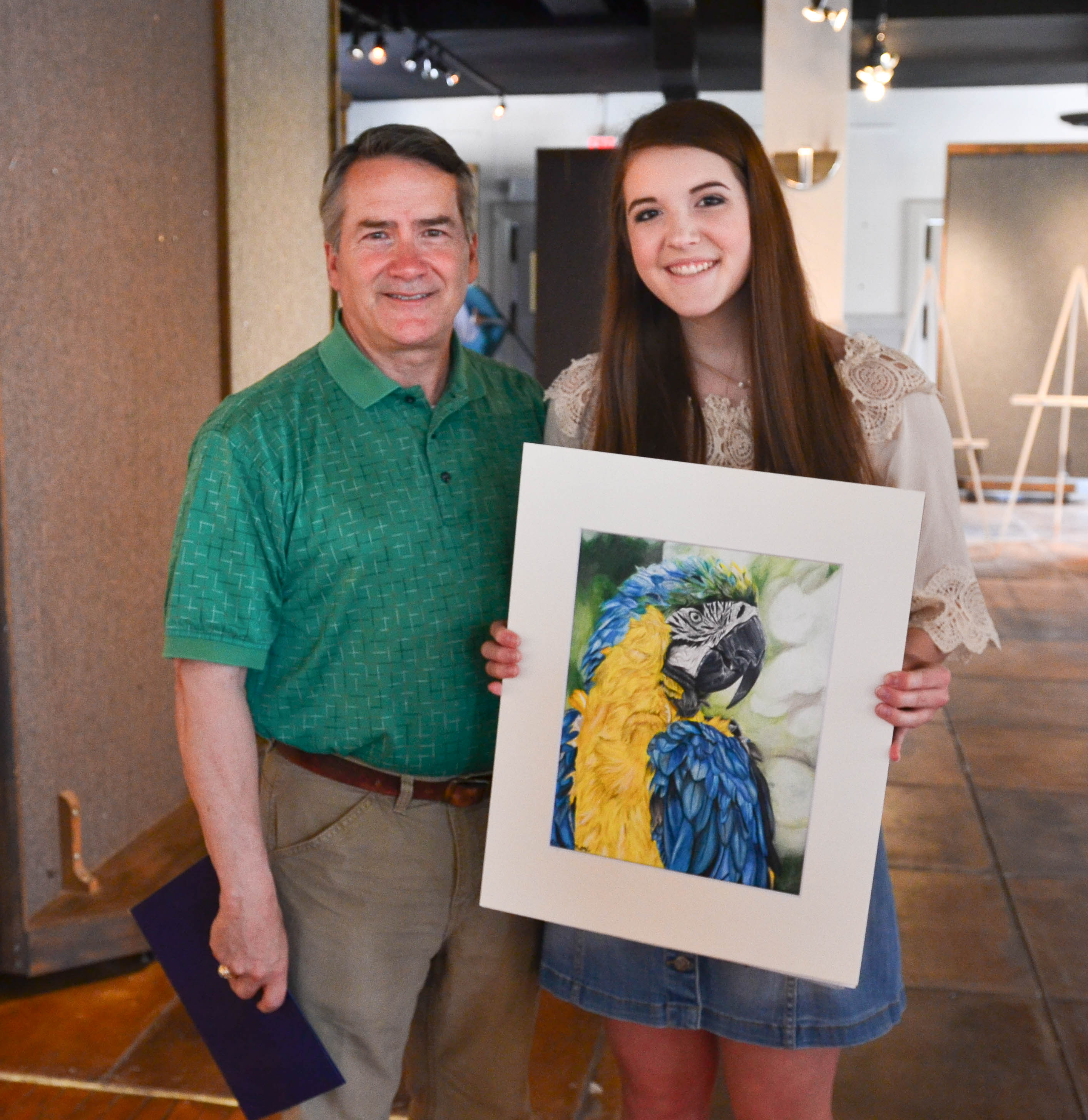Loganville Christian Academy Student Wins Art Award For People S